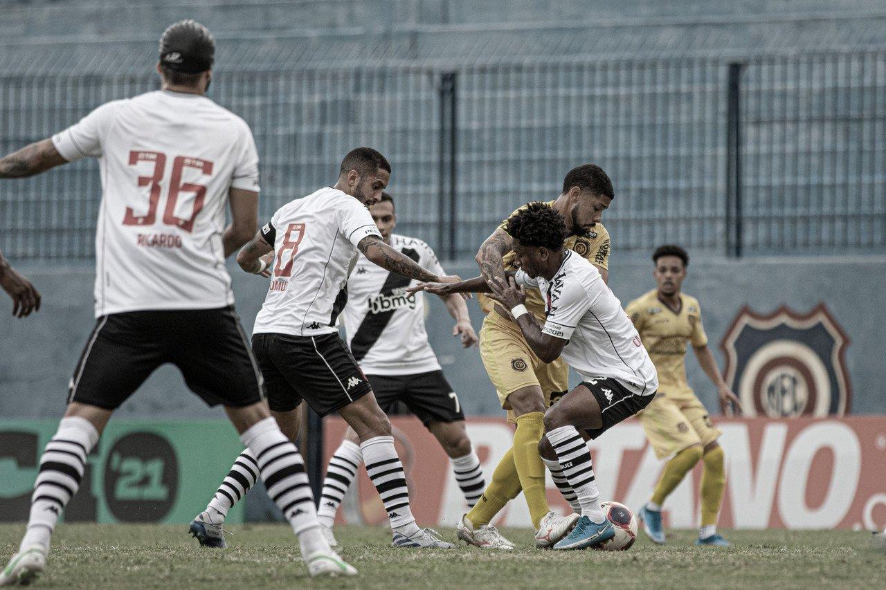 """Mesmo com derrota, Marcelo Cabo mostra confiança na classificação do Vasco: """"Total condição de reverter"""""""