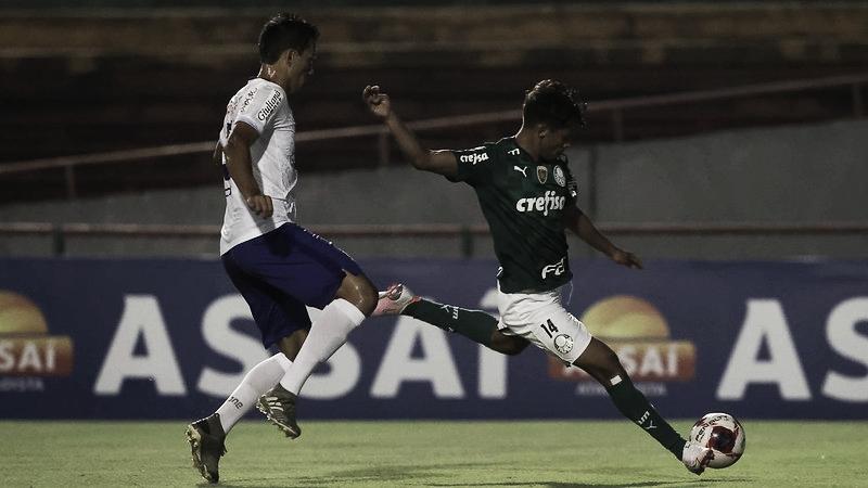 Palmeiras vence Santo André pelo placar mínimo e mantém chances de classificação no Paulistão