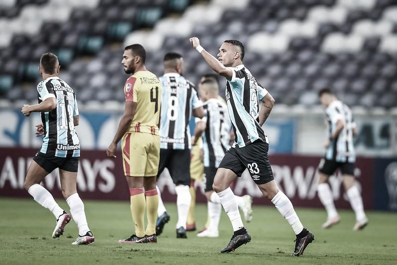 Grêmio goleia Aragua, segue 100% na Sul-Americana e encaminha classificação