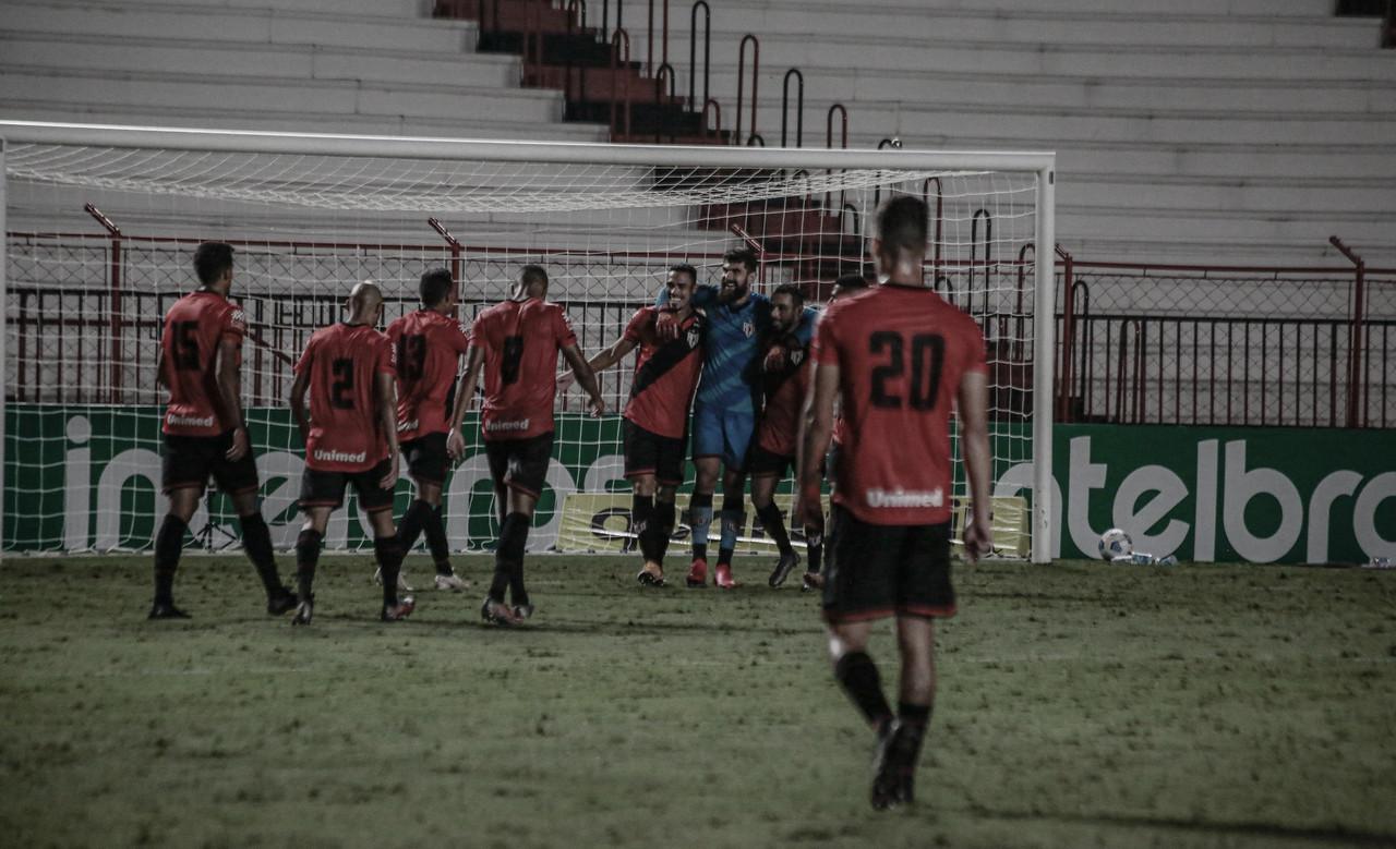 Atlético-GO empata sem gols com Corinthians e se classifica às oitavas da Copa do Brasil