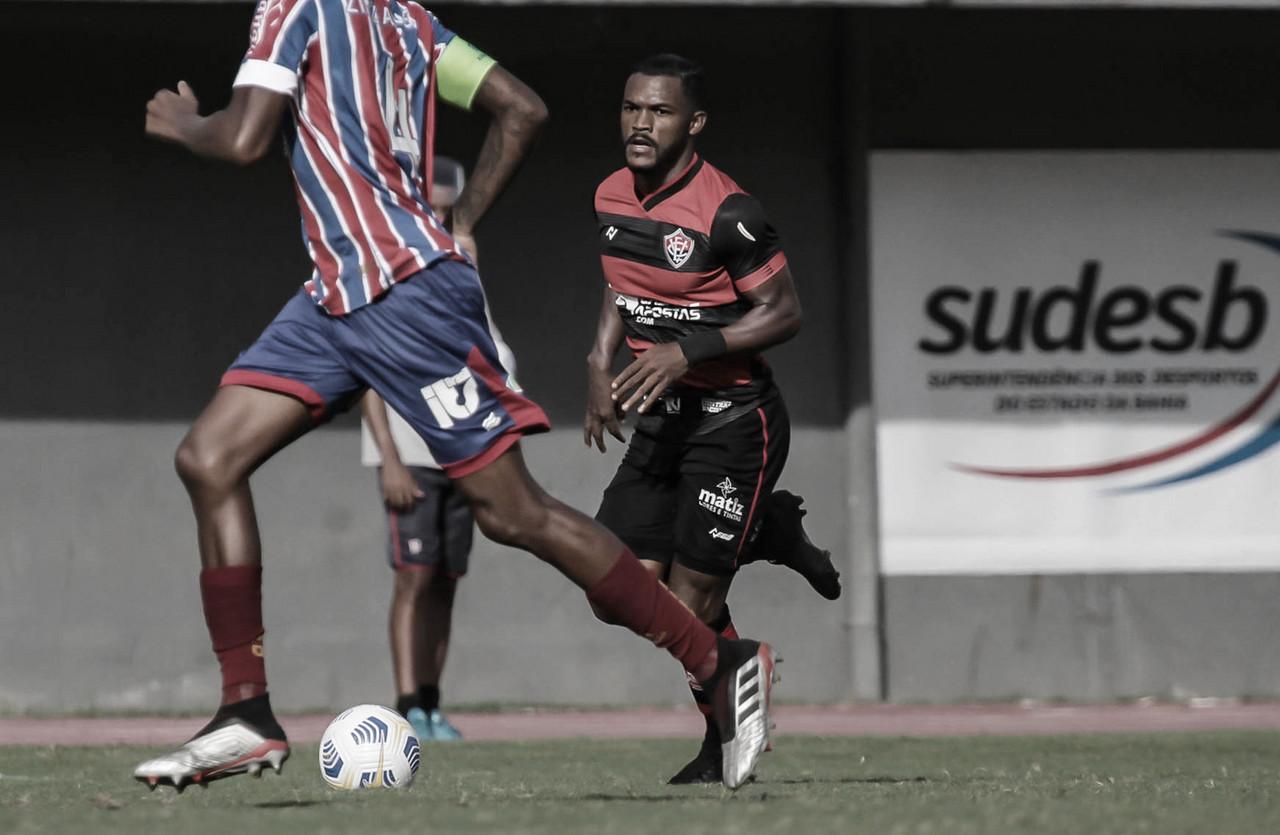 Paulo Victor destaca trabalho intenso no Vitória e avalia returno da Série B