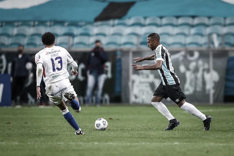 Melhores momentos de Fortaleza x Grêmio pelo Campeonato Brasileiro (1-0)