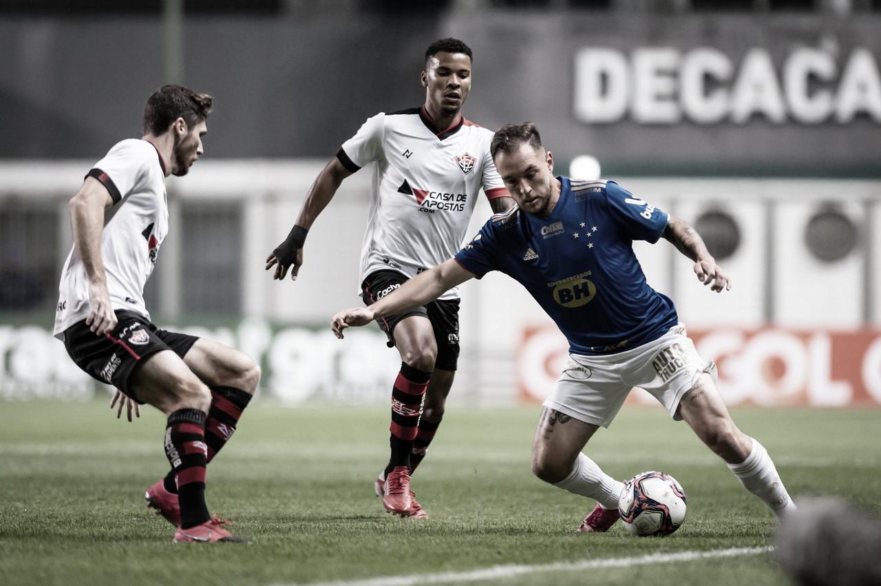 Com Samuel decisivo, Vitória garante empate contra Cruzeiro no Independência