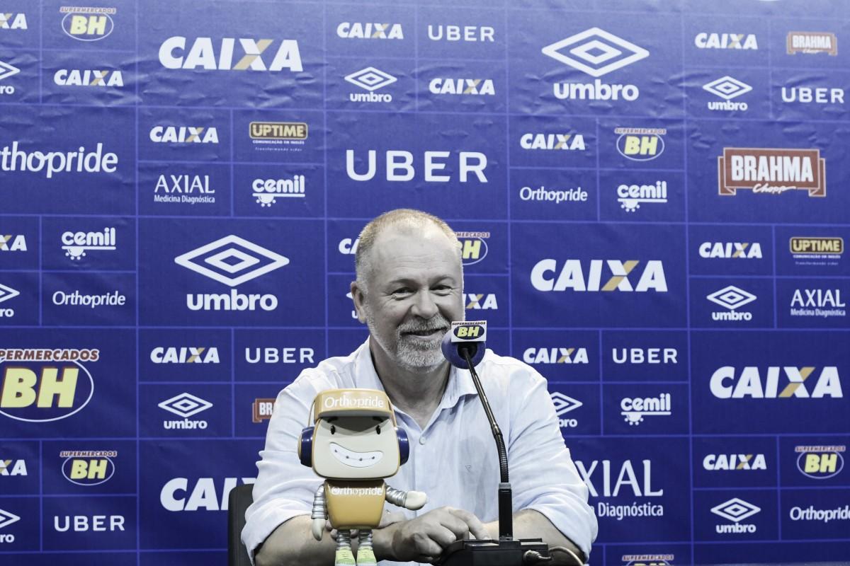 Mano conquista seu primeiro título estadual com o Cruzeiro e o quarto regional da carreira