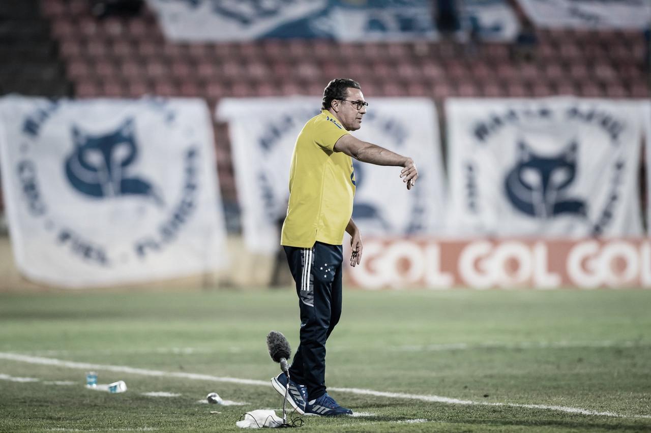 Cruzeiro enfrenta CSA em busca de primeira vitória contra alagoanos na Série B