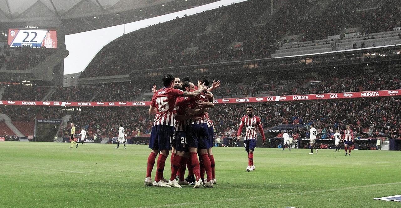 Atlético de Madrid vence Valencia e adia título do Barcelona pela La Liga