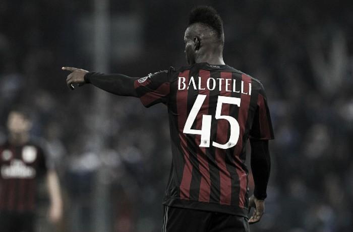 Balotelli não poderá usar a camisa 45 no Nice; entenda