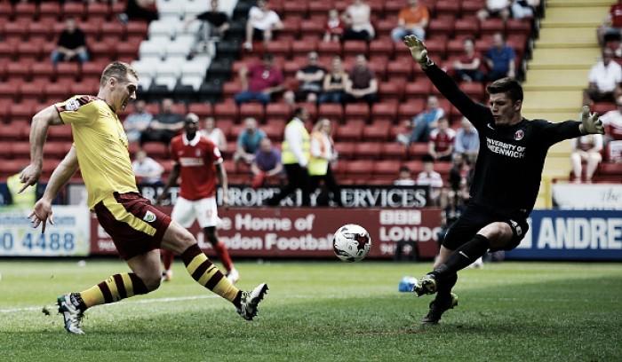 Burnley vence já rebaixado Charlton e conquista título da Championship