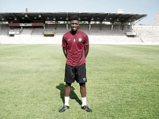 Sekou, senegalés de la Damm, llega a Almería