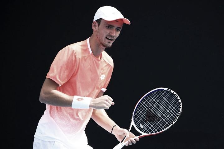 Medvedev despacha Goffin e atinge melhor resultado da carreira em Slams