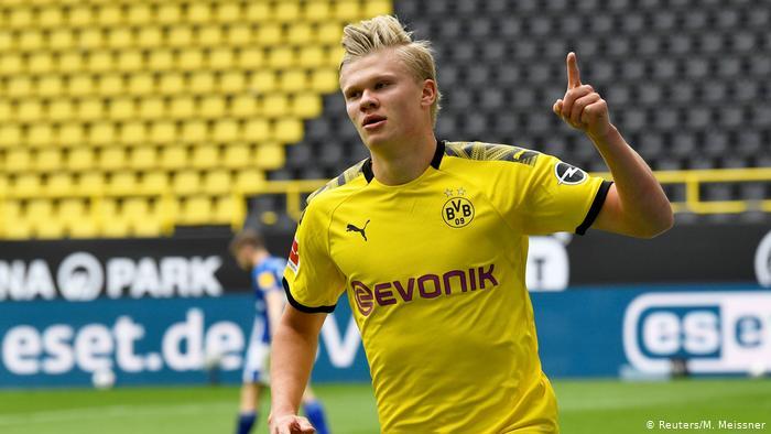 Dortmund Continue Race for Bundesliga Title