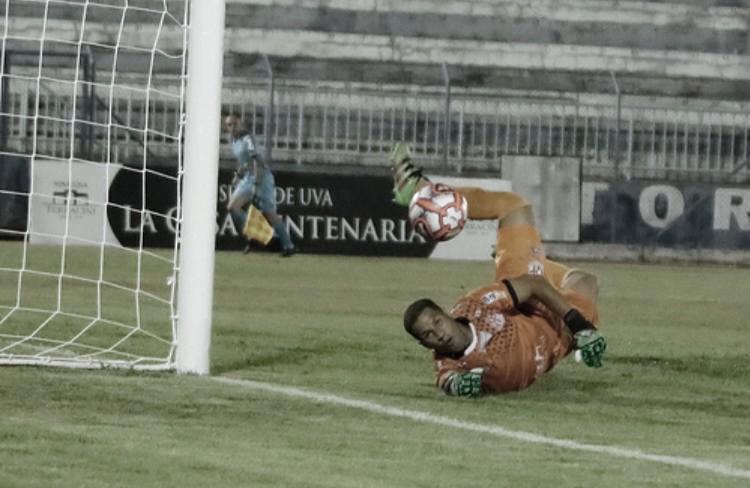Goleiro Samuel se despede do Penapolense e projeta futuro no futebol