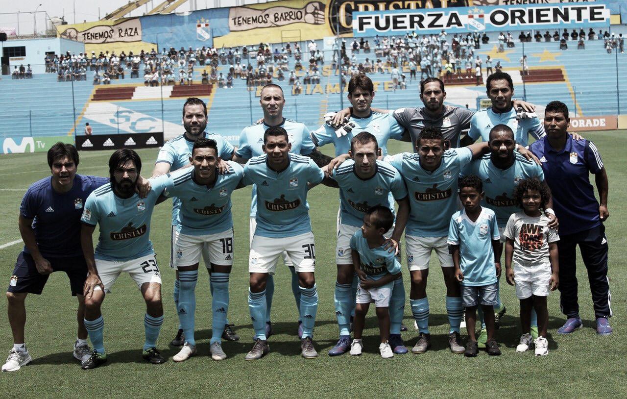 Sporting Cristal busca la primera victoria en la Copa ante Godoy Cruz