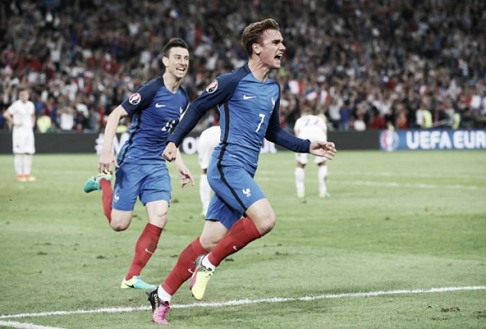 França marca duas vezes no fim, vence Albânia e assegura classificação na Euro