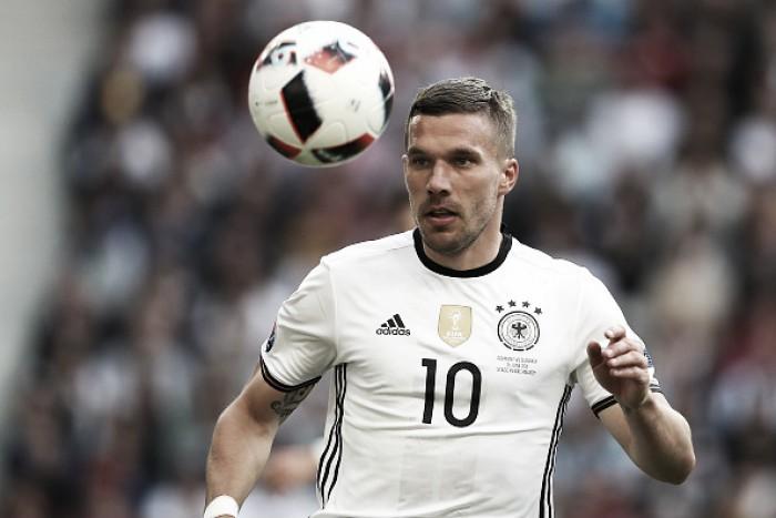 Lukas Podolski anuncia aposentadoria da Seleção Alemã após 12 anos