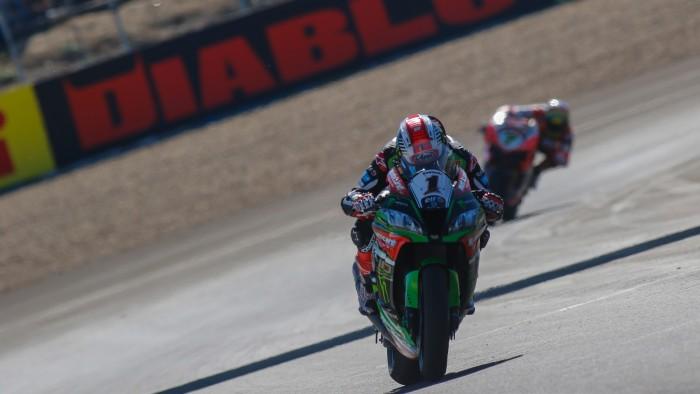 WSBK, Gp di Spagna - Il cannibale Rea vince a Jerez e regala alla Kawasaki il titolo costruttori
