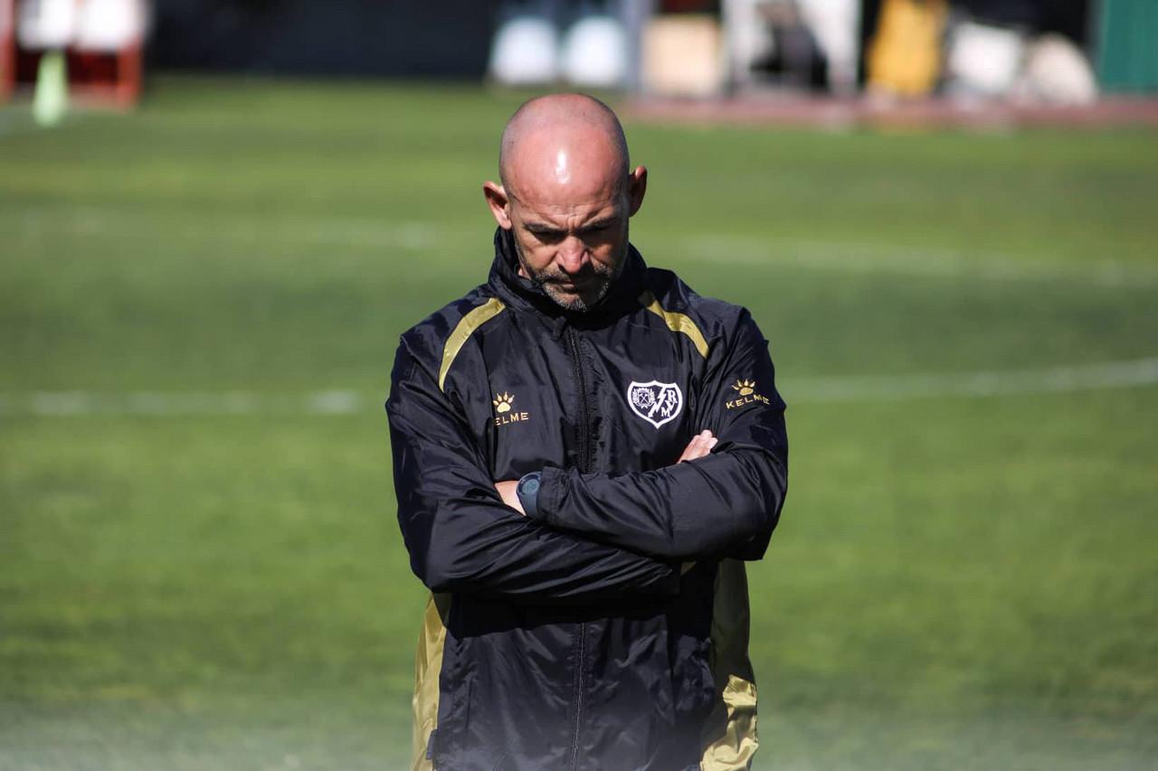 """Paco Jémez: """"Si tenemos que perder un partido será jugando al fútbol, no tirando pelotazos"""""""