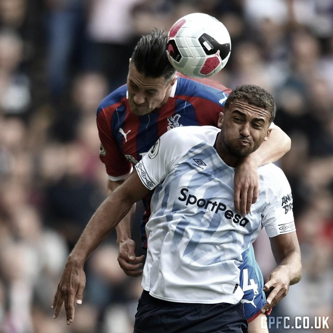 Em jogo truncado, Crystal Palace e Everton ficam no empate na Premier League