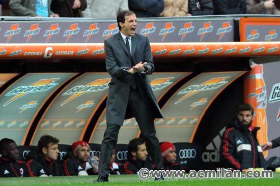Galliani confirma permanência de Allegri no comando do Milan