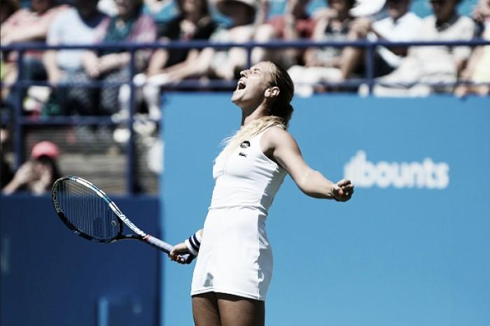 WTA Premier de Eastbourne: Cibulkova desbanca Radwanska e enfrenta Pliskova na final
