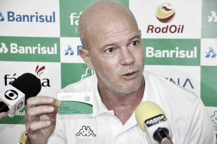 Antônio Carlos parabeniza Juventude após eliminar São Paulo na Copa do Brasil