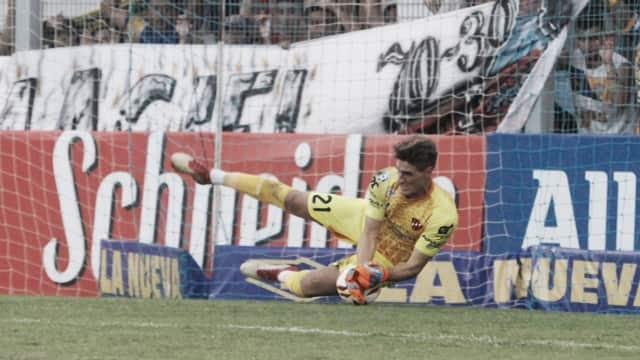 """Federico Costa: """"En el primer tiempo no toqué ni una pelota"""""""