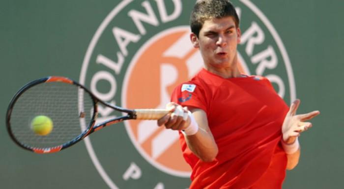 Thiago Wild luta, mas para no número um do mundo nas quartas do juvenil em Roland Garros