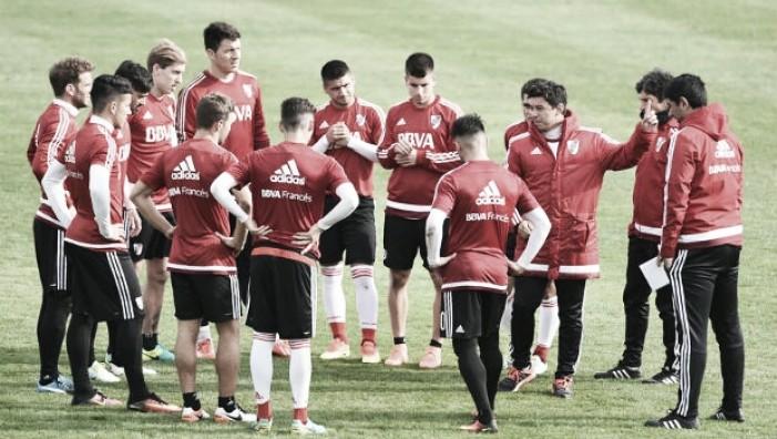 El equipo para el debut