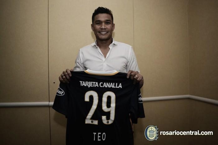 Teo Gutiérrez fue presentado oficialmente