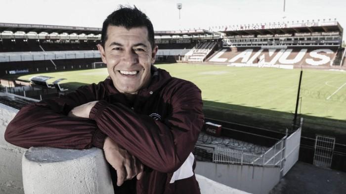Jorge Almirón leva Lanús para inédita final de Libertadores
