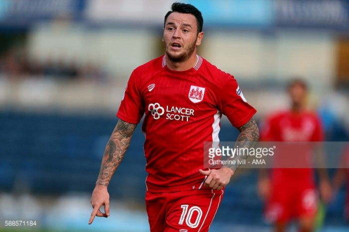 Cardiff City sign Bristol City striker Lee Tomlin for undisclosed fee