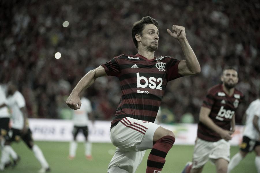 Classificado! Em jogo disputado, Flamengo bate Corinthians e avança na Copa do Brasil