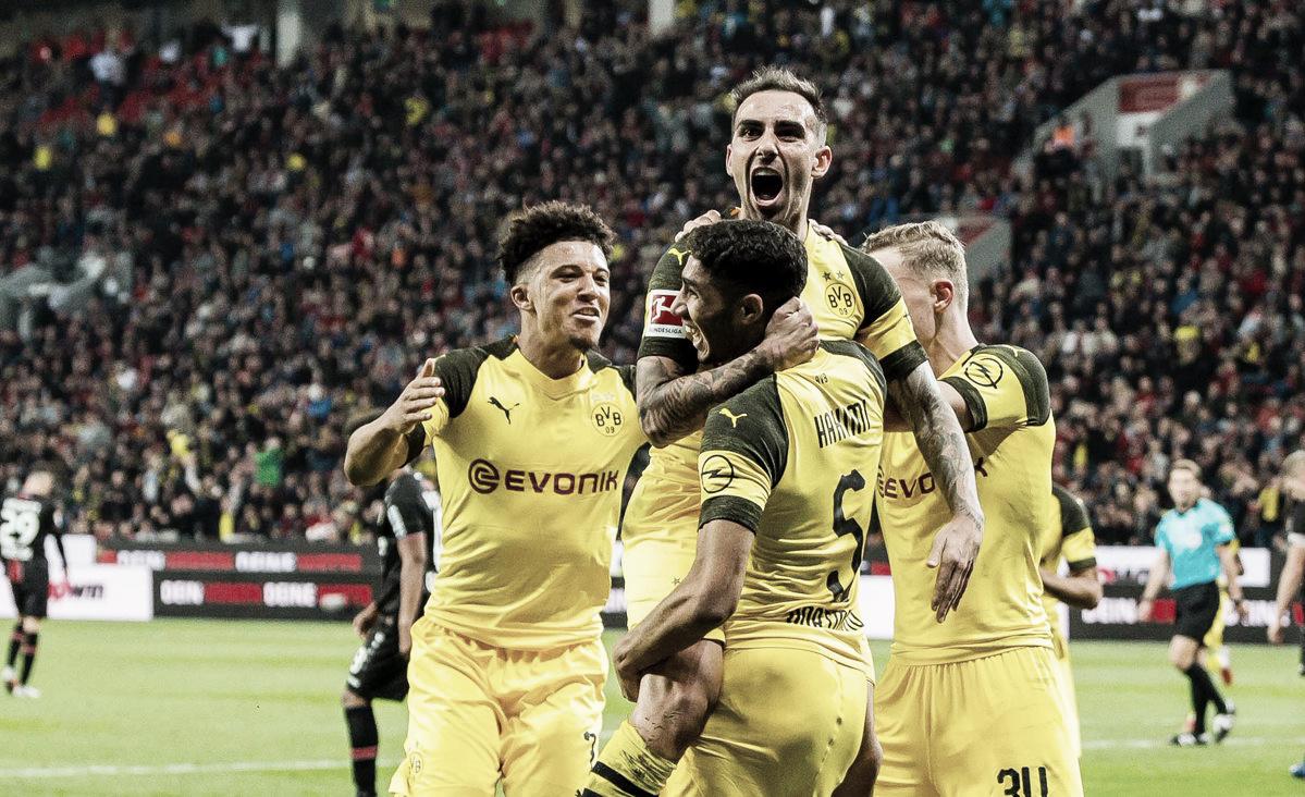 Em jogaço, Borussia Dortmund vira pra cima do Bayer Leverkusen e assume liderança
