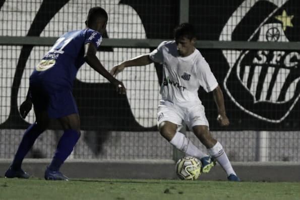 Vitórias emocionantes de São Caetano e União Mogi embolam Grupo 25 da Copa São Paulo