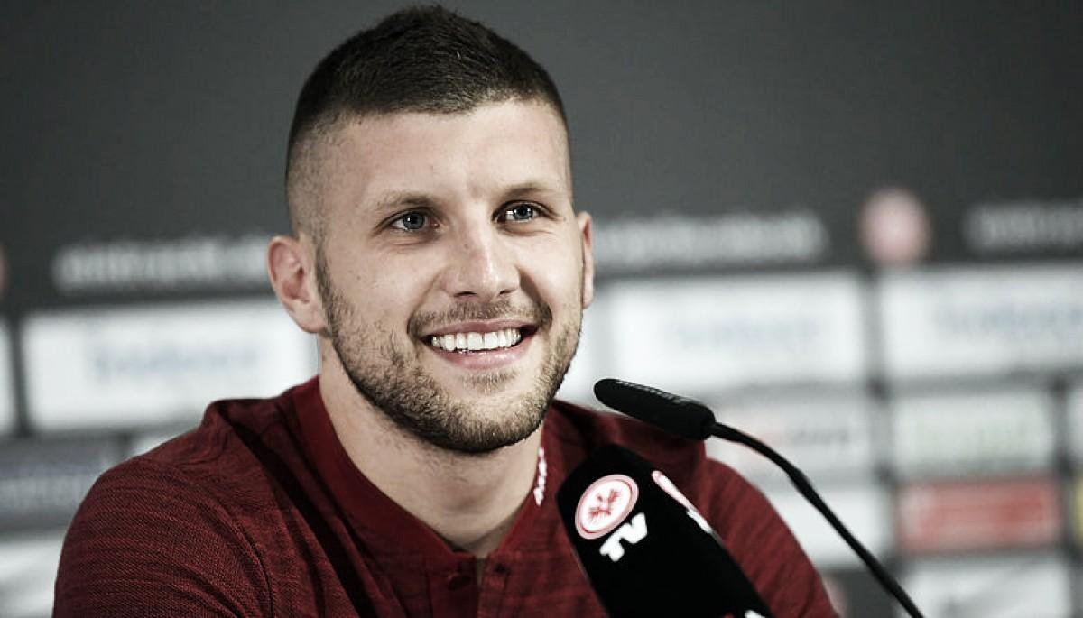 Destaque da Croácia na Copa,Rebićrenova com Eintracht Frankfurt até 2022