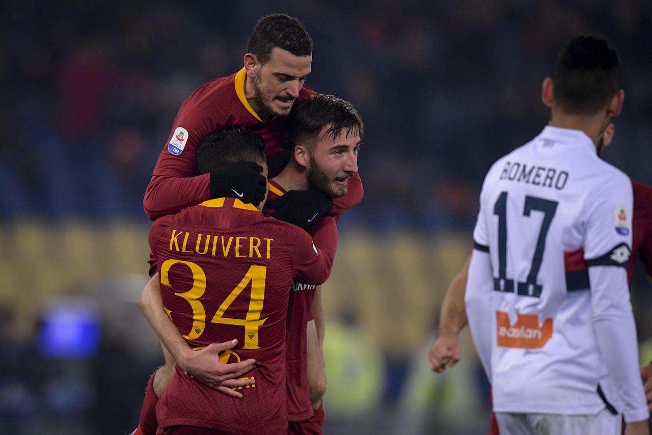 Serie A - La Roma vince con tanta sofferenza: è 3-2 col Genoa