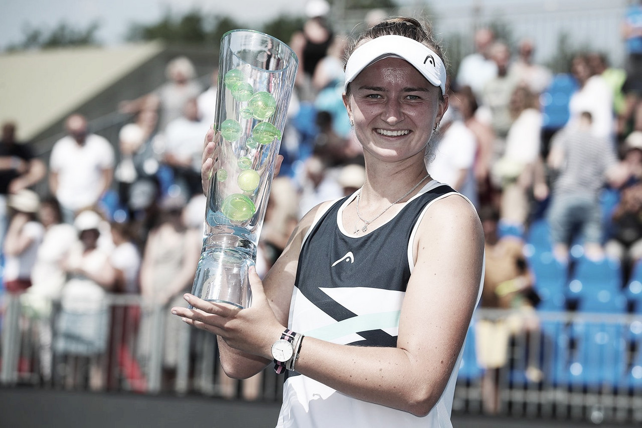 Krejcikova domina final contra Martincova em Praga e vence terceiro título no ano