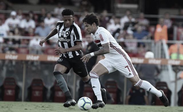 Na volta de Pato, São Paulo derrota Botafogo na estreia do Brasileirão