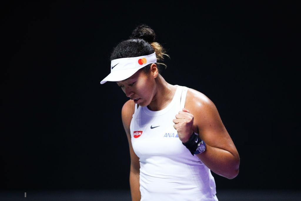 WTA Finals: Naomi Osaka survives three-set battle against Petra Kvitova