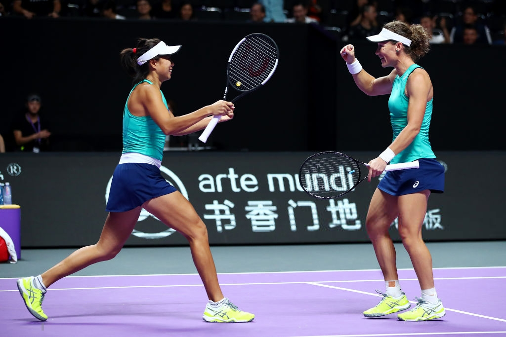 WTA Finals: Stosur and Zhang books semifinal spot on debut