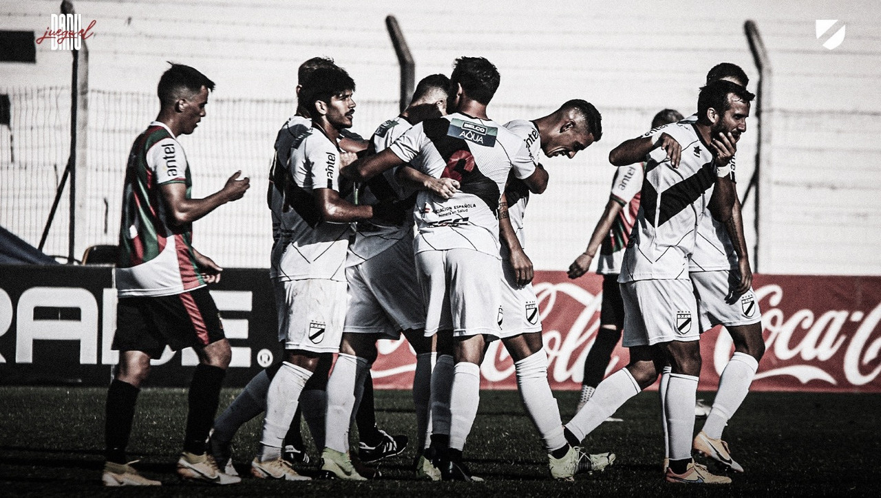 Após 52 anos na elite, tetracampeão uruguaio Danubio é rebaixado à segunda divisão