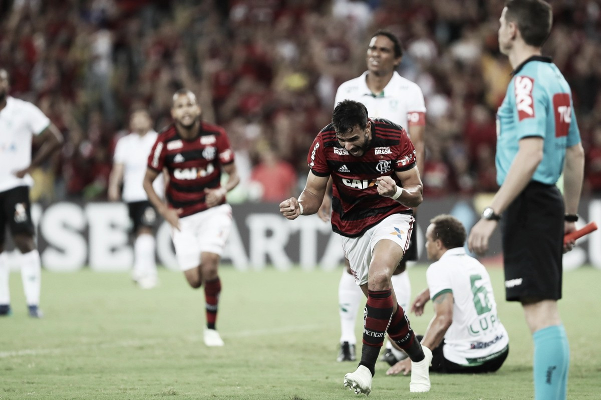 Em despedida de Julio Cesar, Flamengo vence América-MG no Maracanã