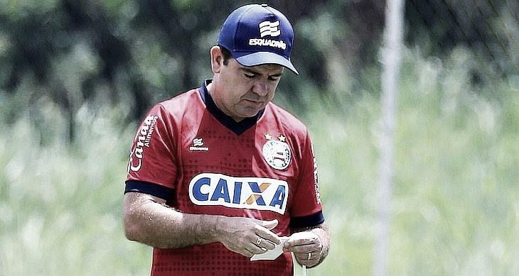 Após vexame na Copa do Nordeste, Enderson Moreira é demitido do Bahia