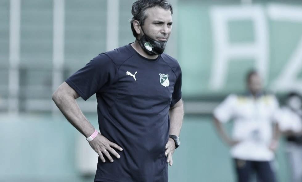 """Ítalo Cervino: """"Rescato la personalidad que tuvieron los jugadores para afrontar este partido"""""""