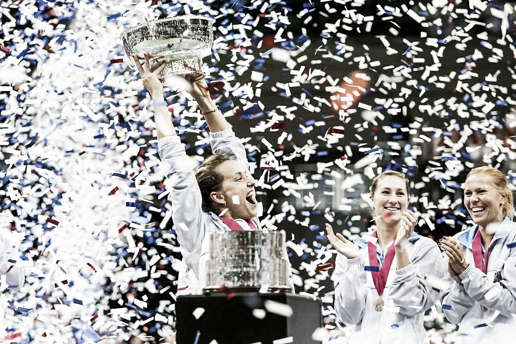 Fed Cup Semifinal Preview: Switzerland - Czech Republic