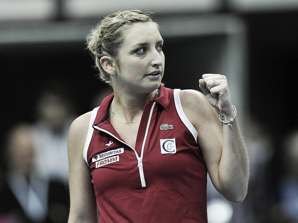 Fed Cup Semifinal Preview: Timea Bacsinszky (Switzerland) - Barbora Strycova (Czech Republic)