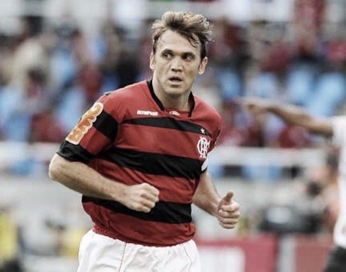 Recordar é viver: há nove anos, Petkovic brilhava em virada do Flamengo sobre São Paulo
