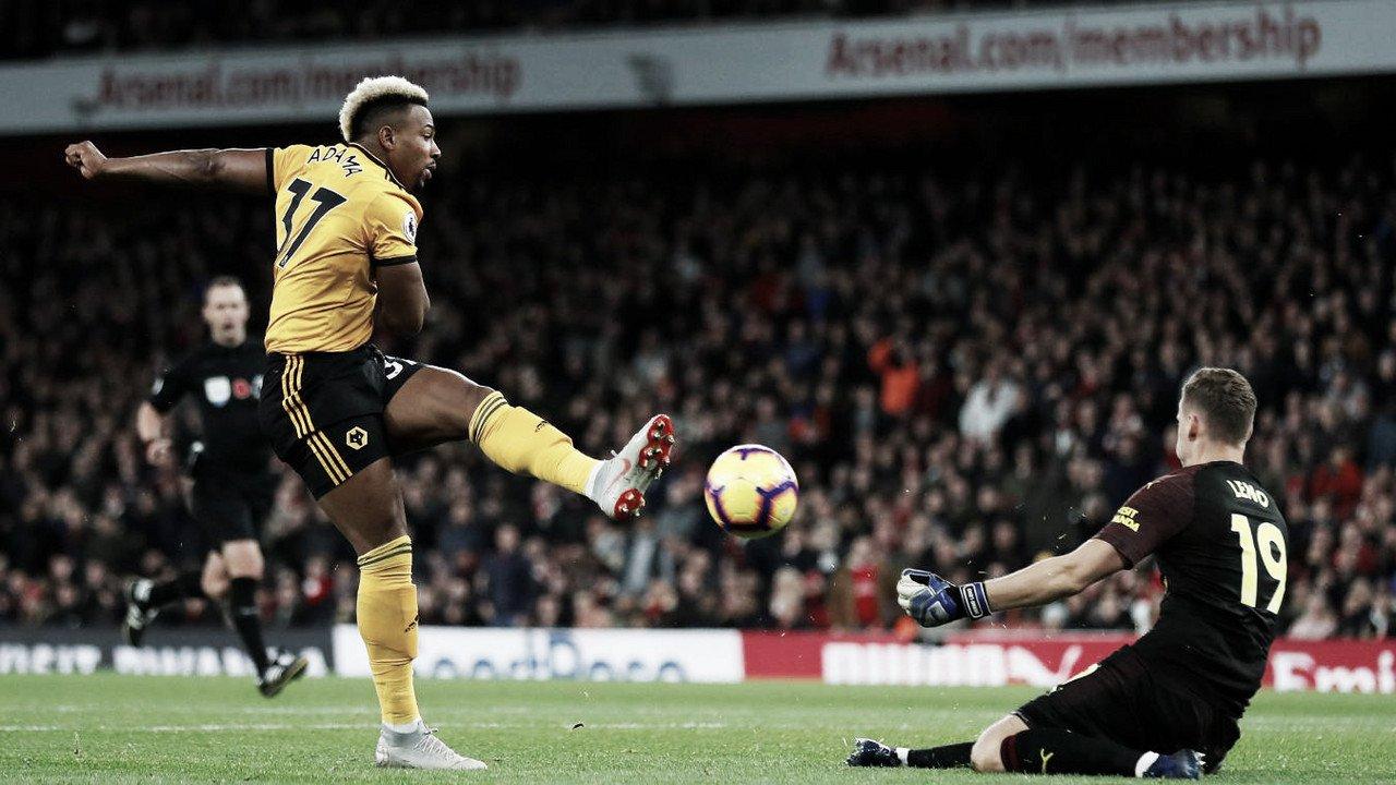 Mkhitaryan y Leno mantienen al Arsenal en racha