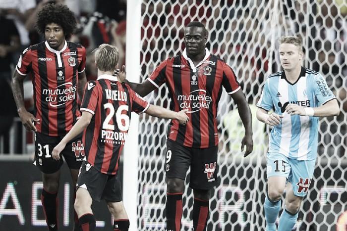 Balotelli estreia com dois gols e Nice derrota Olympique de Marseille