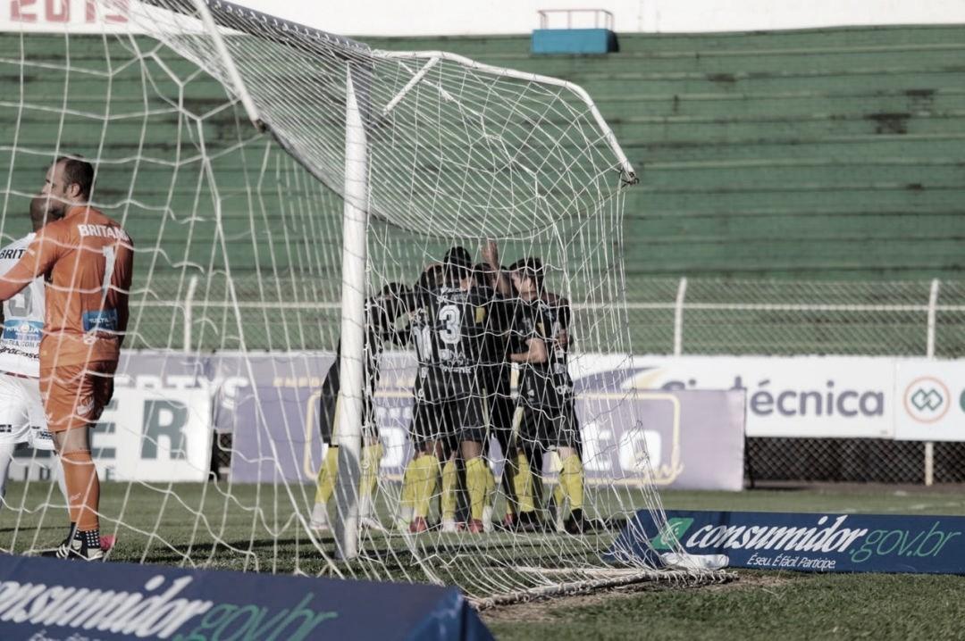 Cascavel-PR surpreende, bate Figueirense, e avança à segunda fase da Copa do Brasil